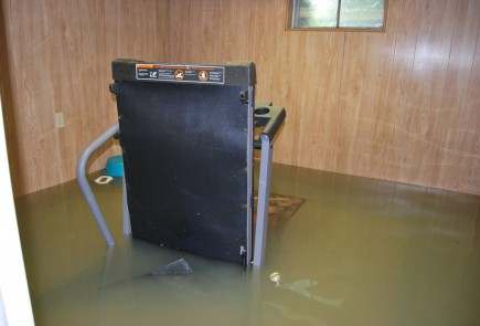 Submerged Treadmill