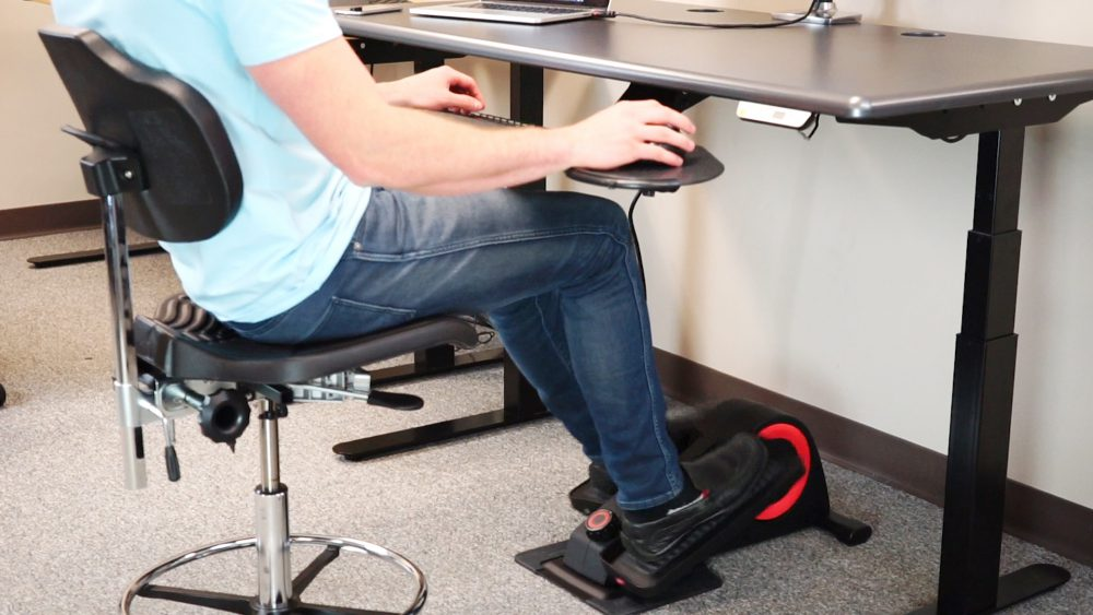 How To Set Up An Ergonomically Proper Desk Cycle