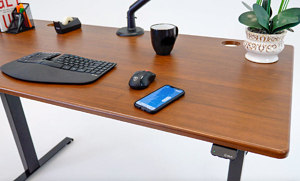 standing desk with bluetooth and smartphone app Lander Lite